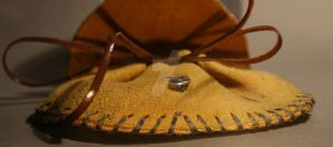 Leaf Coin Pouch 3 by Gwend-O-Ithilien
