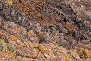 Rugged Rocks II - HDR by somadjinn