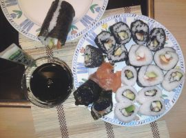 My first sushi by Ciberfriky