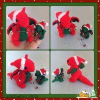 Mummy and Baby Christmas Dragons by Amaze-ingHats