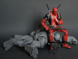 Deadpool vs Rhino by LuXuSik
