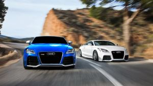 audi tt rs vS audi TT RS by backOPS