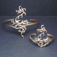 Dragon Bracelet and Armband by BronzeSmith