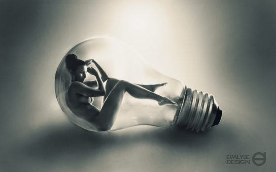 Bulb by EVALYSEgraphics