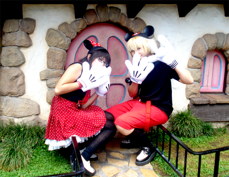 Mickey and Minnie by TheCosplayTheatre