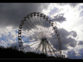 Ferris Wheel of Paris by mysterious-one