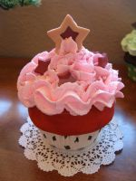 Pink and Red Stars Cupcake by kimchikawaii