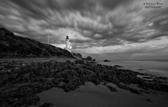 Point Lonsdale Lighthouse BW by daniellepowell82