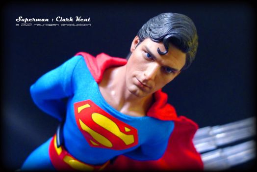 Hot Toys - Superman 2 by jaysquall