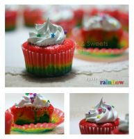 Cupcakes- Taste the rainbow by Yuleen75