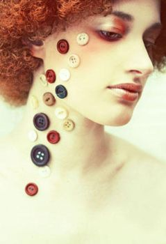 Buttons by larafairie
