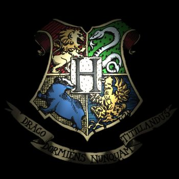 Howarts Crest by NastySnob