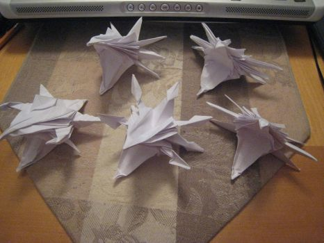 Origami Dragon Heads by derikvyreflame
