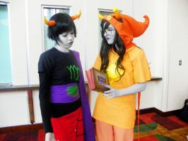 Mcfussyfangs is unimpressed by QPUPcosplay