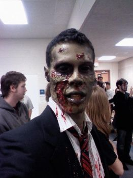 Zombie make-up by AFXtuming