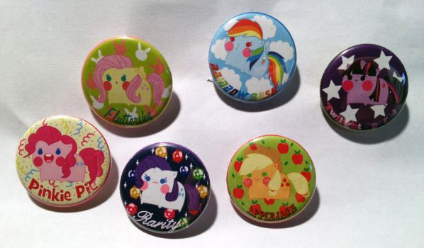 My Little Pony Buttons by PauAndLoma