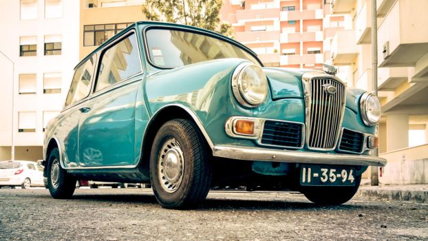Mini Wolseley by ThePortuguesePlayer