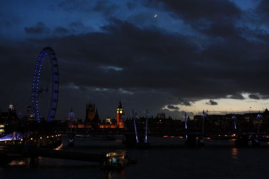 London Nightfall by kiwi2710