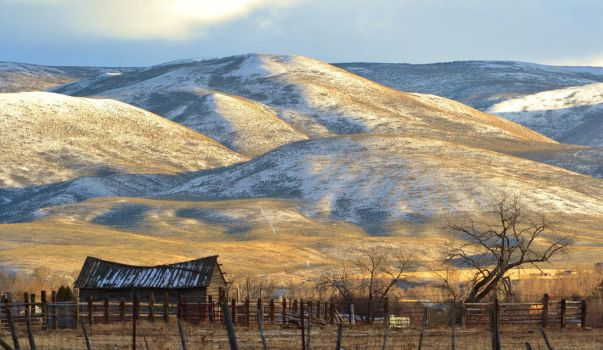 Low Light on Sheep Creek Hills by Reevah-Willow